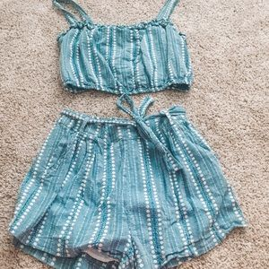 Forever 21 Shorts Set With Pockets!!